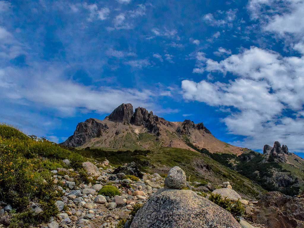 Cerro Negro Villa Traful